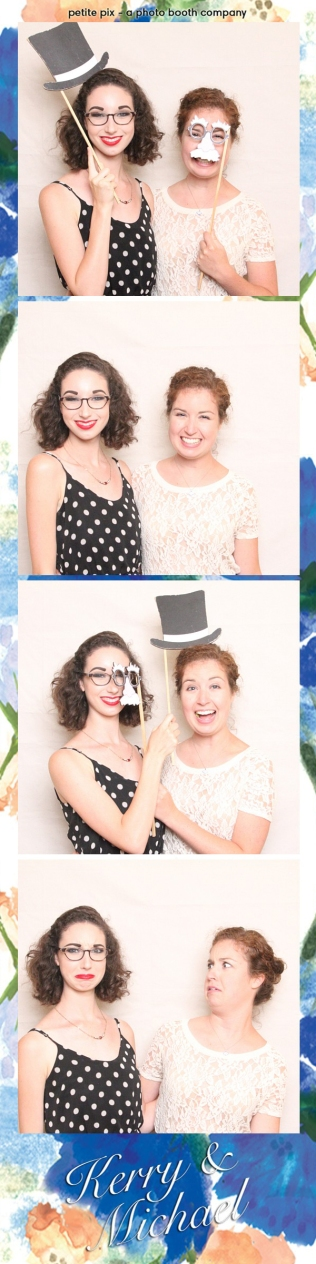 Petite Pix Vintage Photo Booth at the Redondo Beach Historic Library for Kerry and Michael's Wedding 5