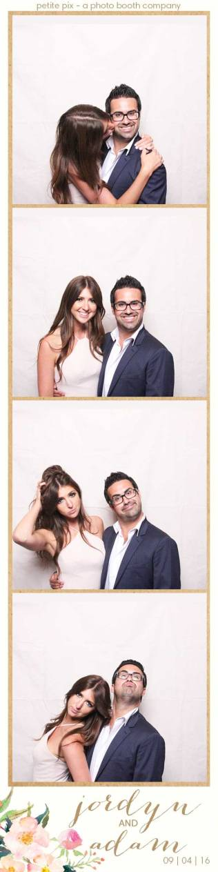 petite-pix-mid-century-modern-vintage-photo-booth-at-triunfo-creek-vineyards-for-jordyn-and-adams-wedding-15