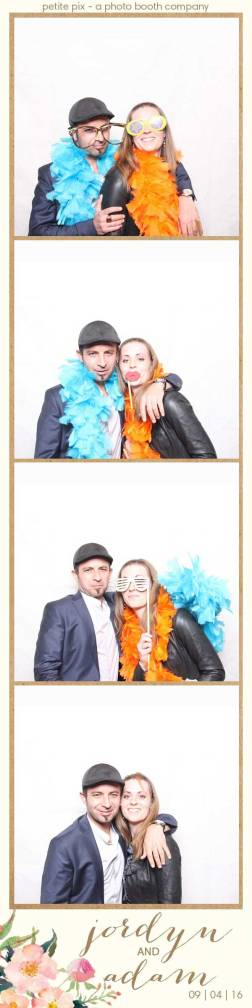 petite-pix-mid-century-modern-vintage-photo-booth-at-triunfo-creek-vineyards-for-jordyn-and-adams-wedding-16