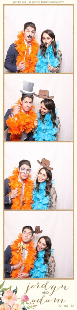 petite-pix-mid-century-modern-vintage-photo-booth-at-triunfo-creek-vineyards-for-jordyn-and-adams-wedding-35