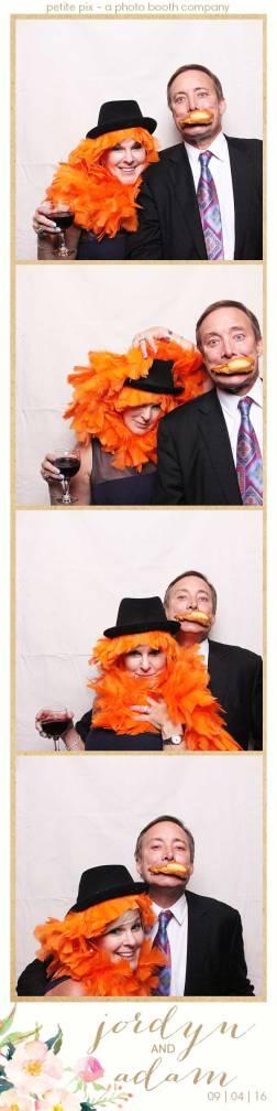 petite-pix-mid-century-modern-vintage-photo-booth-at-triunfo-creek-vineyards-for-jordyn-and-adams-wedding-5