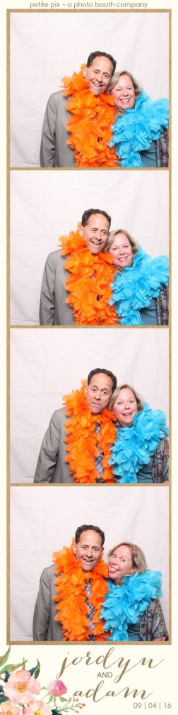 petite-pix-mid-century-modern-vintage-photo-booth-at-triunfo-creek-vineyards-for-jordyn-and-adams-wedding-54