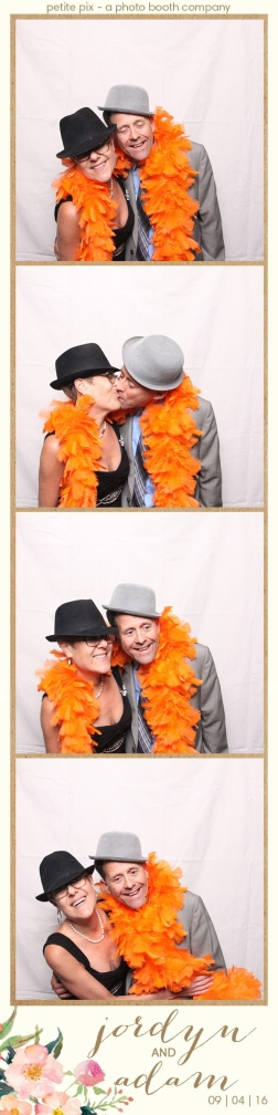 petite-pix-mid-century-modern-vintage-photo-booth-at-triunfo-creek-vineyards-for-jordyn-and-adams-wedding-56