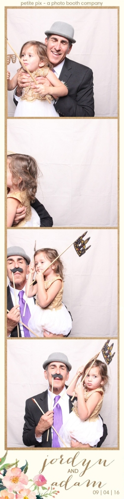 petite-pix-mid-century-modern-vintage-photo-booth-at-triunfo-creek-vineyards-for-jordyn-and-adams-wedding-57