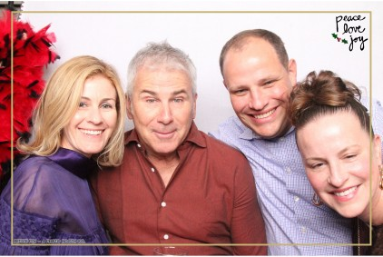 Petite Pix Photo Booth in the Pacific Palisades for the Culp Peace Love Joy Holiday Party (1)