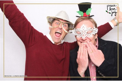 Petite Pix Photo Booth in the Pacific Palisades for the Culp Peace Love Joy Holiday Party (100)