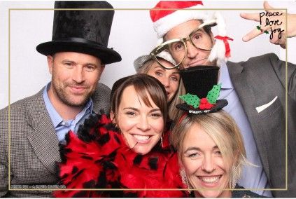 Petite Pix Photo Booth in the Pacific Palisades for the Culp Peace Love Joy Holiday Party (108)