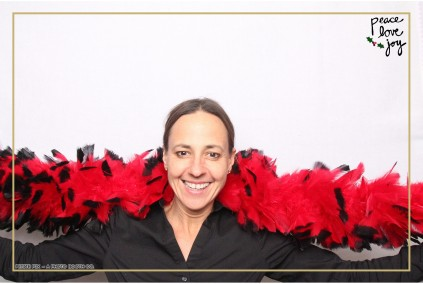 Petite Pix Photo Booth in the Pacific Palisades for the Culp Peace Love Joy Holiday Party (110)