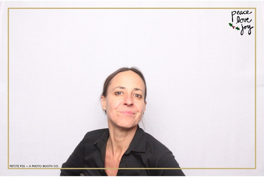 Petite Pix Photo Booth in the Pacific Palisades for the Culp Peace Love Joy Holiday Party (119)