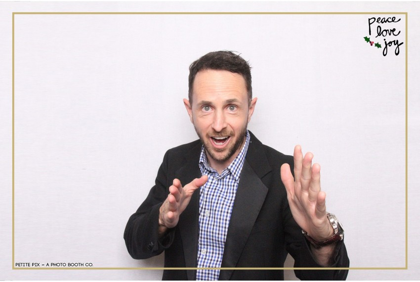 Petite Pix Photo Booth in the Pacific Palisades for the Culp Peace Love Joy Holiday Party (123)