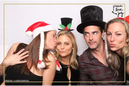 Petite Pix Photo Booth in the Pacific Palisades for the Culp Peace Love Joy Holiday Party (125)