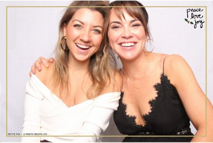 Petite Pix Photo Booth in the Pacific Palisades for the Culp Peace Love Joy Holiday Party (14)