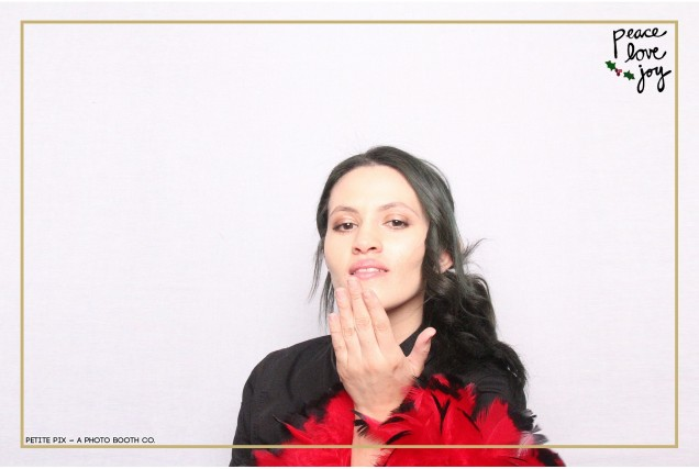 Petite Pix Photo Booth in the Pacific Palisades for the Culp Peace Love Joy Holiday Party (21)