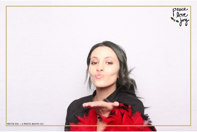 Petite Pix Photo Booth in the Pacific Palisades for the Culp Peace Love Joy Holiday Party (22)