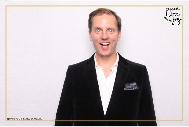 Petite Pix Photo Booth in the Pacific Palisades for the Culp Peace Love Joy Holiday Party (24)