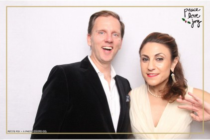 Petite Pix Photo Booth in the Pacific Palisades for the Culp Peace Love Joy Holiday Party (28)