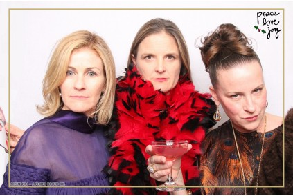 Petite Pix Photo Booth in the Pacific Palisades for the Culp Peace Love Joy Holiday Party (33)