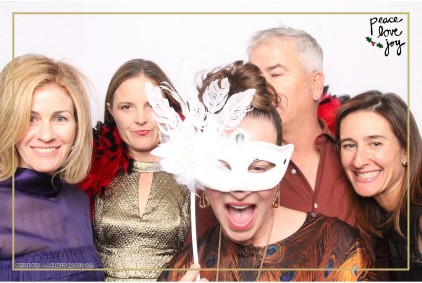 Petite Pix Photo Booth in the Pacific Palisades for the Culp Peace Love Joy Holiday Party (37)