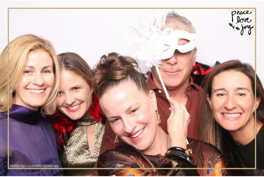 Petite Pix Photo Booth in the Pacific Palisades for the Culp Peace Love Joy Holiday Party (38)