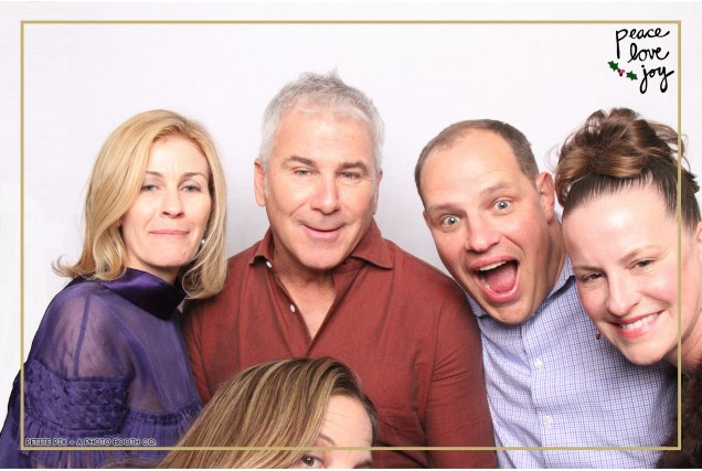 Petite Pix Photo Booth in the Pacific Palisades for the Culp Peace Love Joy Holiday Party (40)