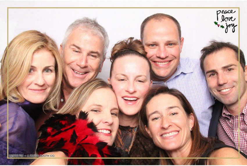 Petite Pix Photo Booth in the Pacific Palisades for the Culp Peace Love Joy Holiday Party (41)