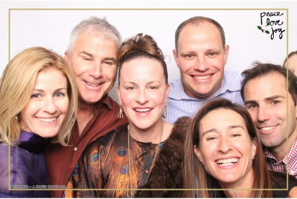 Petite Pix Photo Booth in the Pacific Palisades for the Culp Peace Love Joy Holiday Party (42)