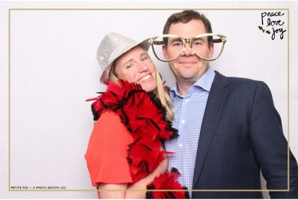 Petite Pix Photo Booth in the Pacific Palisades for the Culp Peace Love Joy Holiday Party (44)