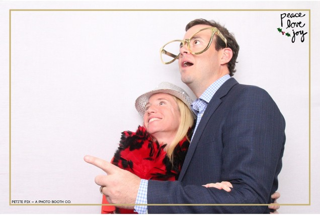 Petite Pix Photo Booth in the Pacific Palisades for the Culp Peace Love Joy Holiday Party (46)