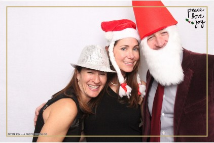 Petite Pix Photo Booth in the Pacific Palisades for the Culp Peace Love Joy Holiday Party (47)
