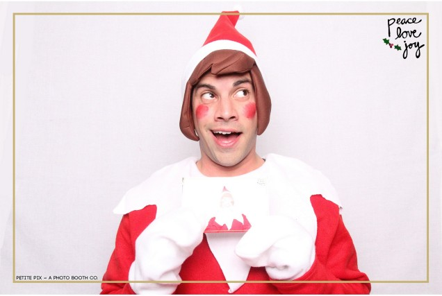 Petite Pix Photo Booth in the Pacific Palisades for the Culp Peace Love Joy Holiday Party (5)