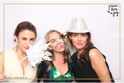Petite Pix Photo Booth in the Pacific Palisades for the Culp Peace Love Joy Holiday Party (56)