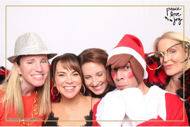 Petite Pix Photo Booth in the Pacific Palisades for the Culp Peace Love Joy Holiday Party (59)