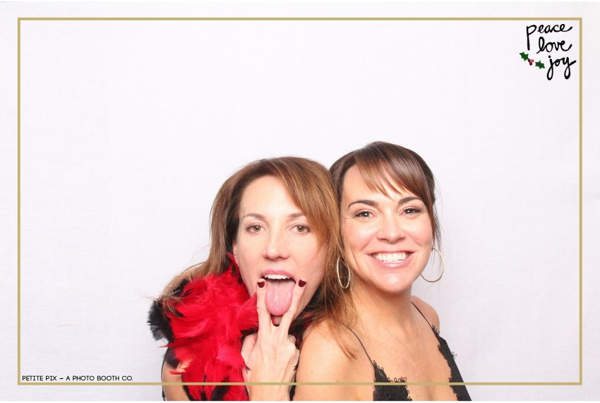 Petite Pix Photo Booth in the Pacific Palisades for the Culp Peace Love Joy Holiday Party (62)