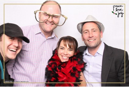 Petite Pix Photo Booth in the Pacific Palisades for the Culp Peace Love Joy Holiday Party (66)