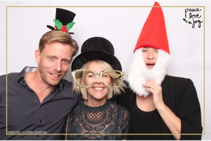 Petite Pix Photo Booth in the Pacific Palisades for the Culp Peace Love Joy Holiday Party (76)