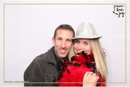 Petite Pix Photo Booth in the Pacific Palisades for the Culp Peace Love Joy Holiday Party (80)