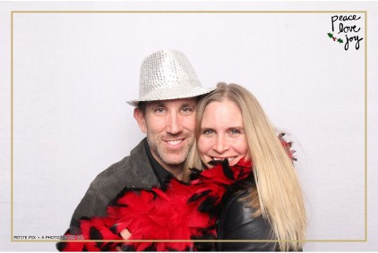 Petite Pix Photo Booth in the Pacific Palisades for the Culp Peace Love Joy Holiday Party (81)