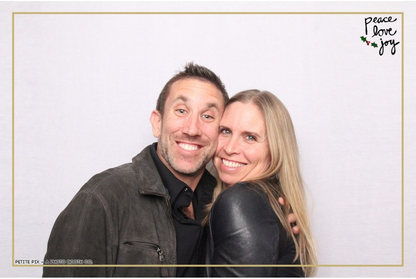 Petite Pix Photo Booth in the Pacific Palisades for the Culp Peace Love Joy Holiday Party (83)