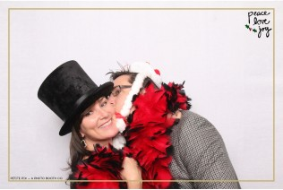 Petite Pix Photo Booth in the Pacific Palisades for the Culp Peace Love Joy Holiday Party (88)