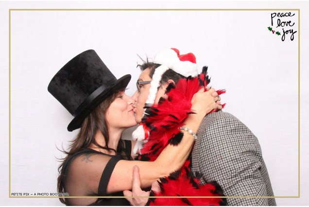 Petite Pix Photo Booth in the Pacific Palisades for the Culp Peace Love Joy Holiday Party (90)