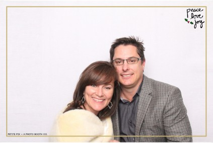 Petite Pix Photo Booth in the Pacific Palisades for the Culp Peace Love Joy Holiday Party (94)