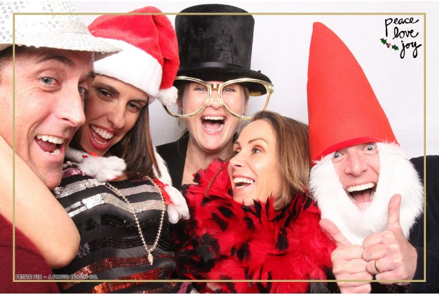 Petite Pix Photo Booth in the Pacific Palisades for the Culp Peace Love Joy Holiday Party (97)