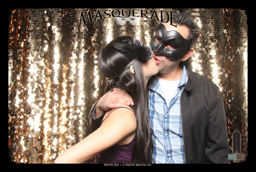 Petite Pix Vintage GIF Photo Booth for Watermarke Tower Masquerade 11