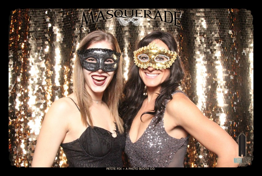 Petite Pix Vintage GIF Photo Booth for Watermarke Tower Masquerade 7