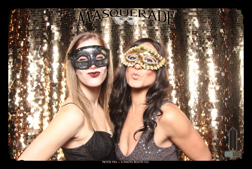 Petite Pix Vintage GIF Photo Booth for Watermarke Tower Masquerade 8