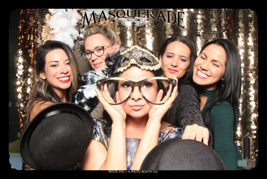 Petite Pix Vintage GIF Photo Booth for Watermarke Tower Masquerade 91