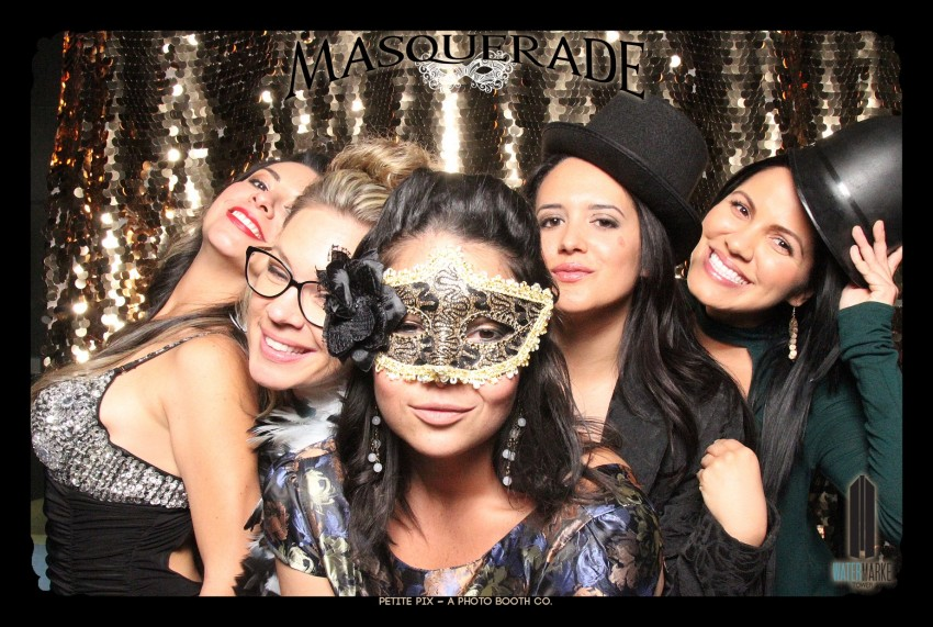 Petite Pix Vintage GIF Photo Booth for Watermarke Tower Masquerade 92